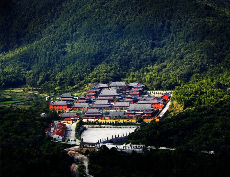 The essence of Zen: Huangmei in the stunning mountains of Hubei province in China