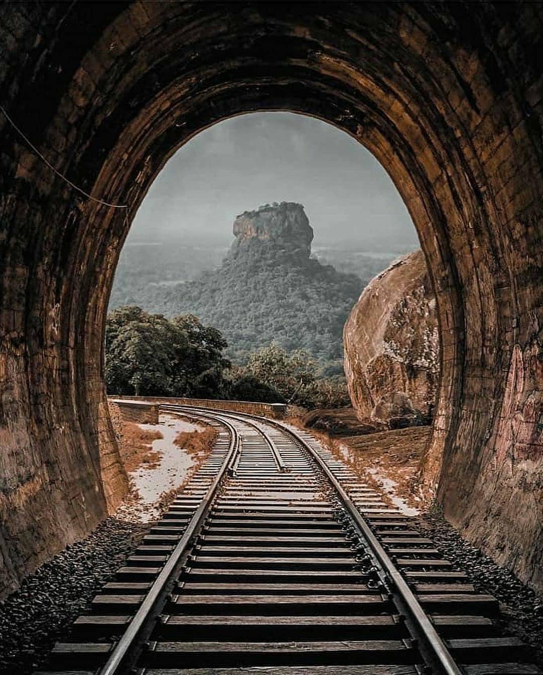 Sigiriya - The Most Amazing Ancient Rock Fortress In Sri Lanka
