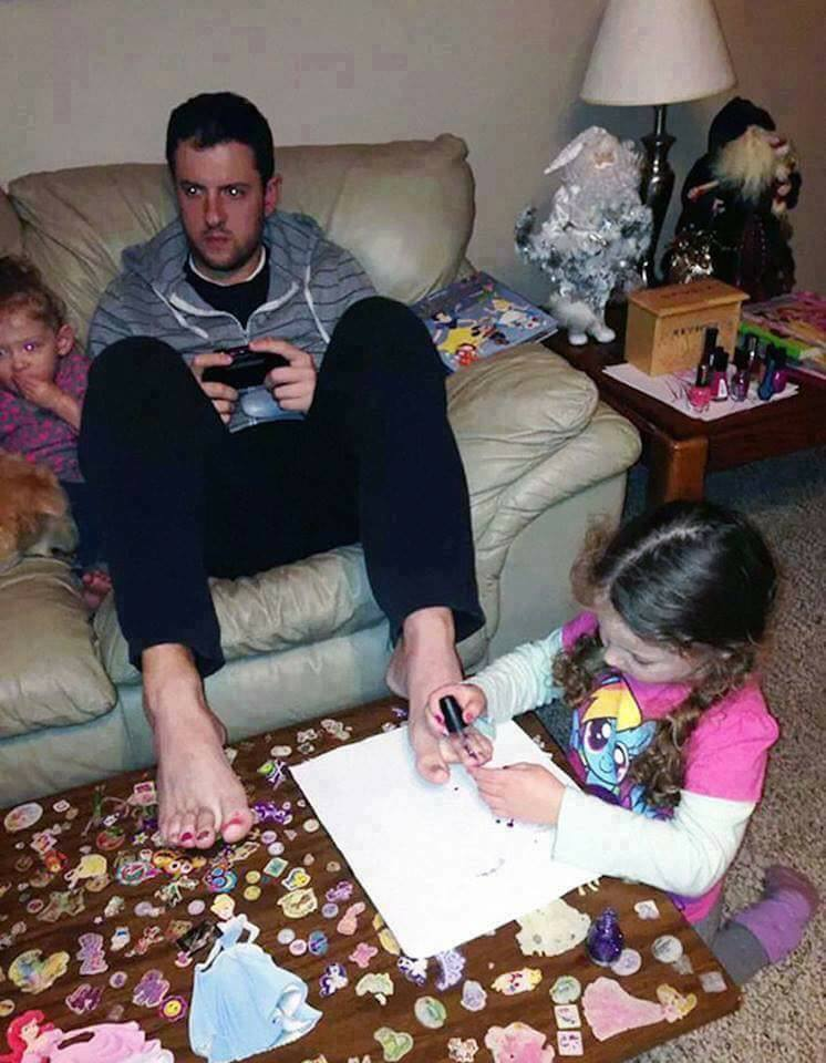 Awesome Dads - (15 Pics)