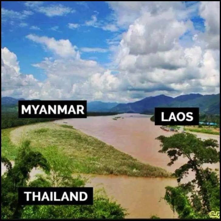 Interesting Borders Around The World (10 Pics)