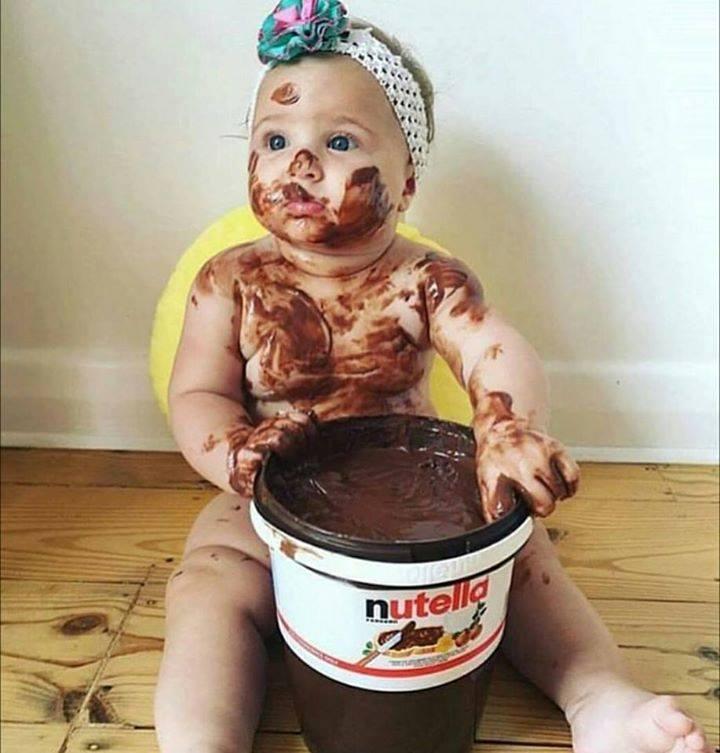 Baby & Nutella  (24 Pics)