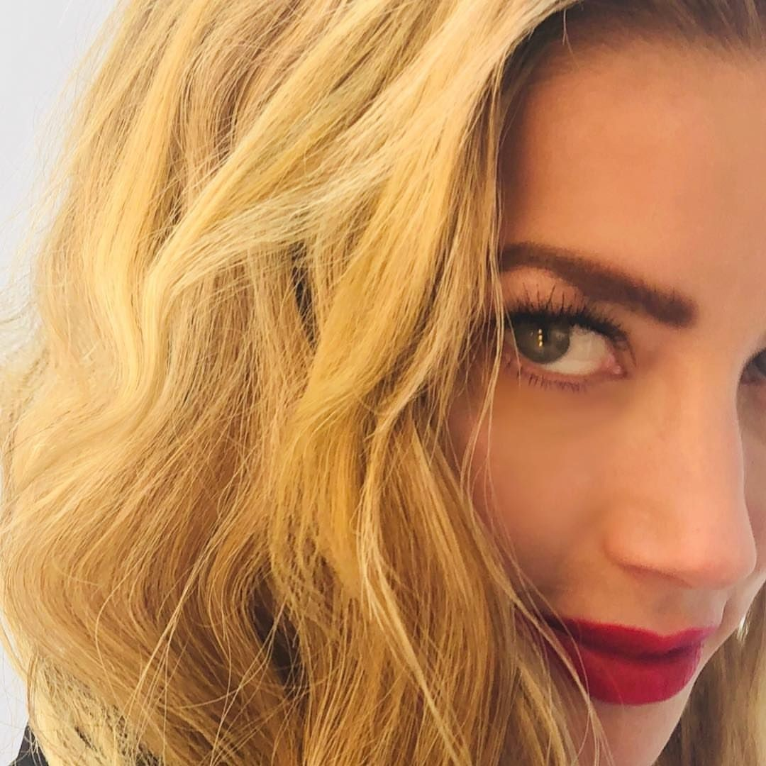 Amber Heard's Picdump ( 99 pics + 3 gifs)