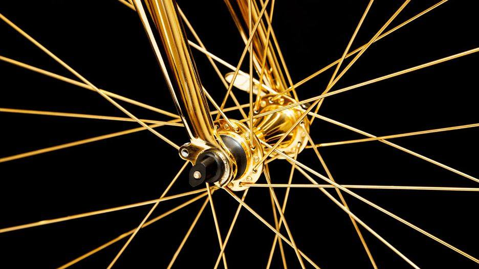 Pure GOLD: This Cycle Is Covered In 24-Karat Gold (9 Pics)