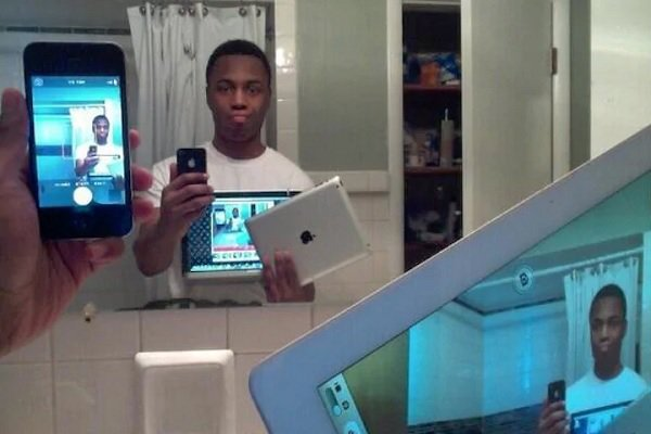 12 Most Ridiculous Selfies That Should Have Never Been Taken!