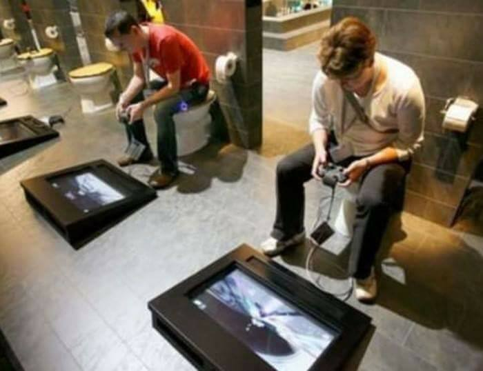 "18+ Bizarre Bathrooms Around The World Makes You Go ""WOW""!"