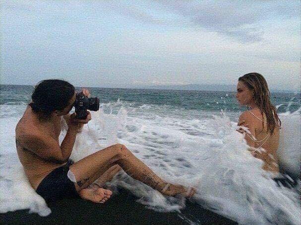 Women no longer want boyfriends, they want photographers! (20+ Pics)
