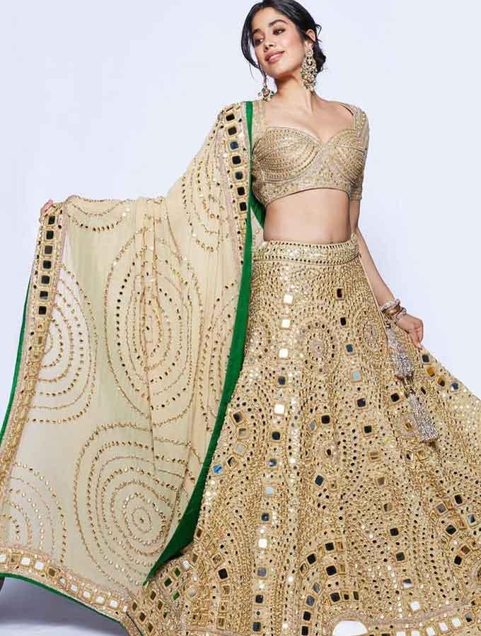 Janhvi Kapoor Latest Photos