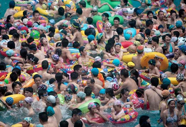 It Happens Only In Asia - The Most Crowded Swimming Pools in China