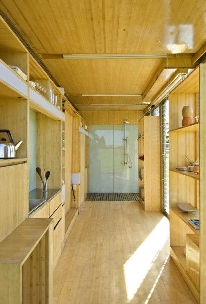 Awesome Container Home  (10 Pics)