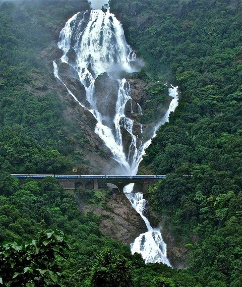 Indian Railways - 7 Breathtakingly Beautiful Train Routes