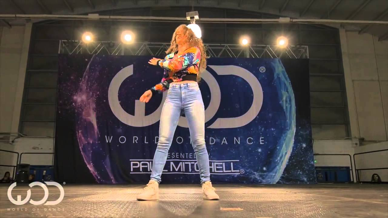 Amazing dance by Dytto