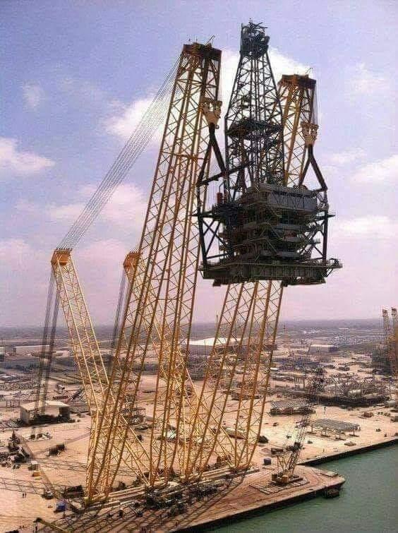 Heavy Cranes (15 Pics)