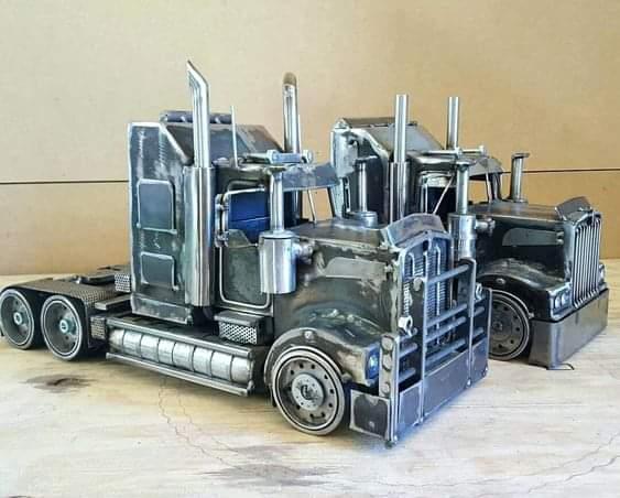 Most Amazing Scrap Metal Vehicle Art (15 Pics)