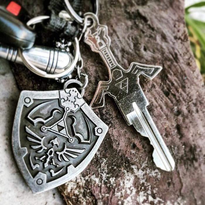 A Company Called Hero's Armory Creates Sword-Like Keys To Make Unlocking Doors A Fantasy Experience (6 Pics)