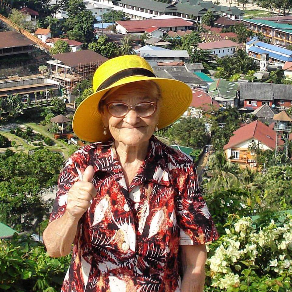 90-year-old Grandmother Travels Alone Around The World Sharing Everything On Instagram