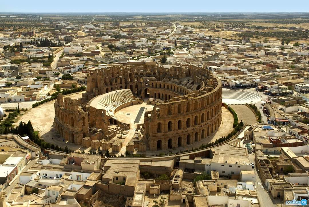 ONE Pic - The Roman amphitheatre in El Jem, Tunisia