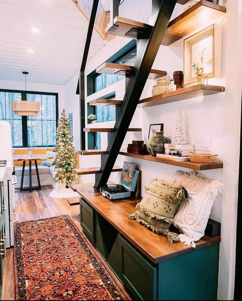 Most Beautiful Container House (10 Pics)
