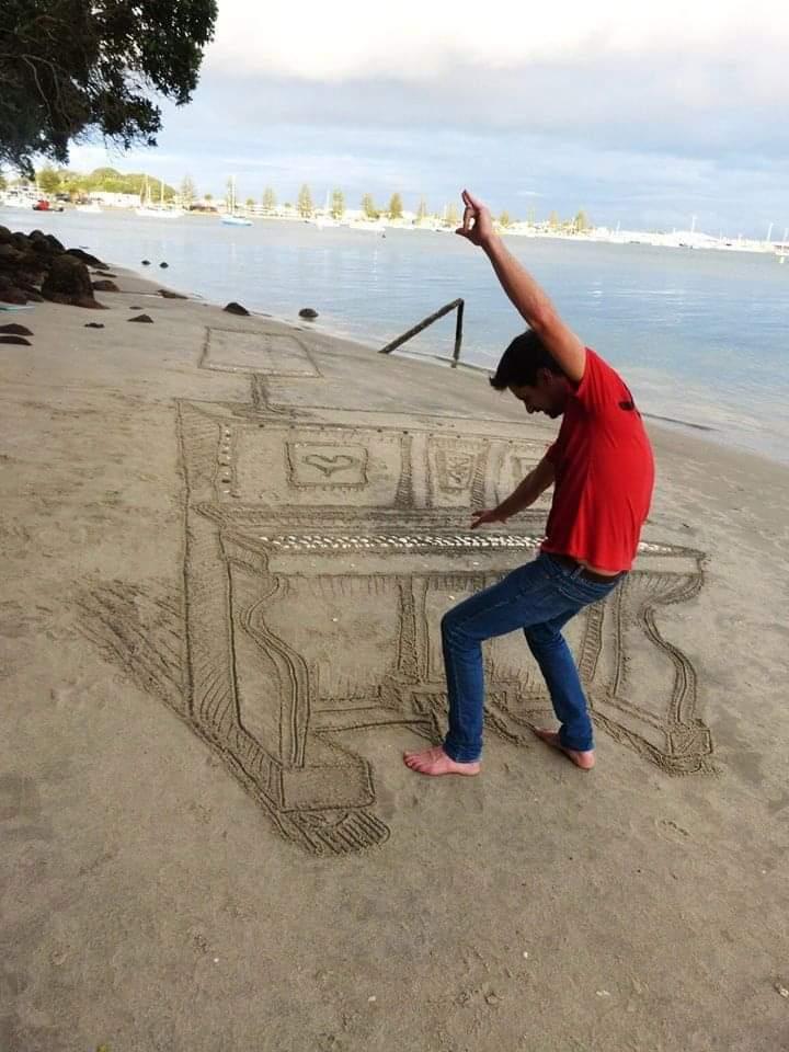 Artist Creates Mind-Bending 3D Piano Art On A Beach In New Zealand