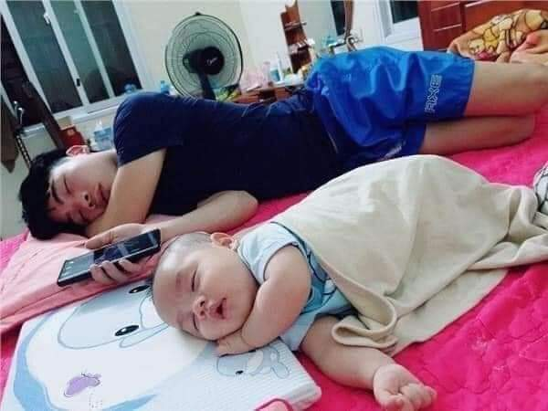 Fathers and their babies, No Need Of DNA  test!