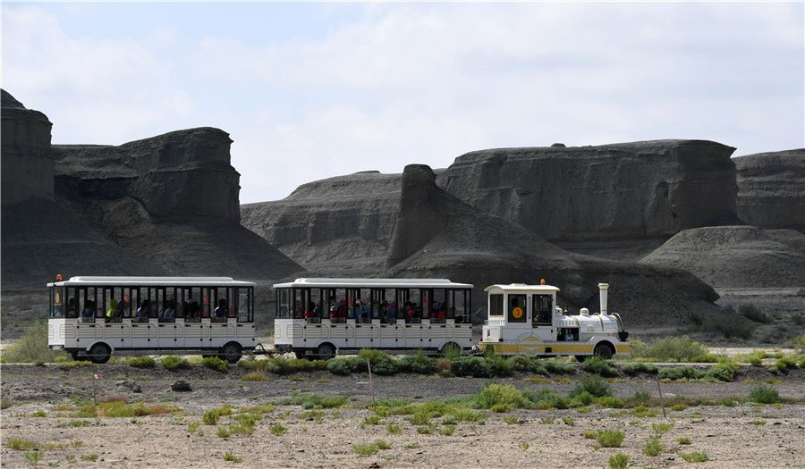 Bizarre Landscapes - 'Ghost City' in Karamay, Xinjiang