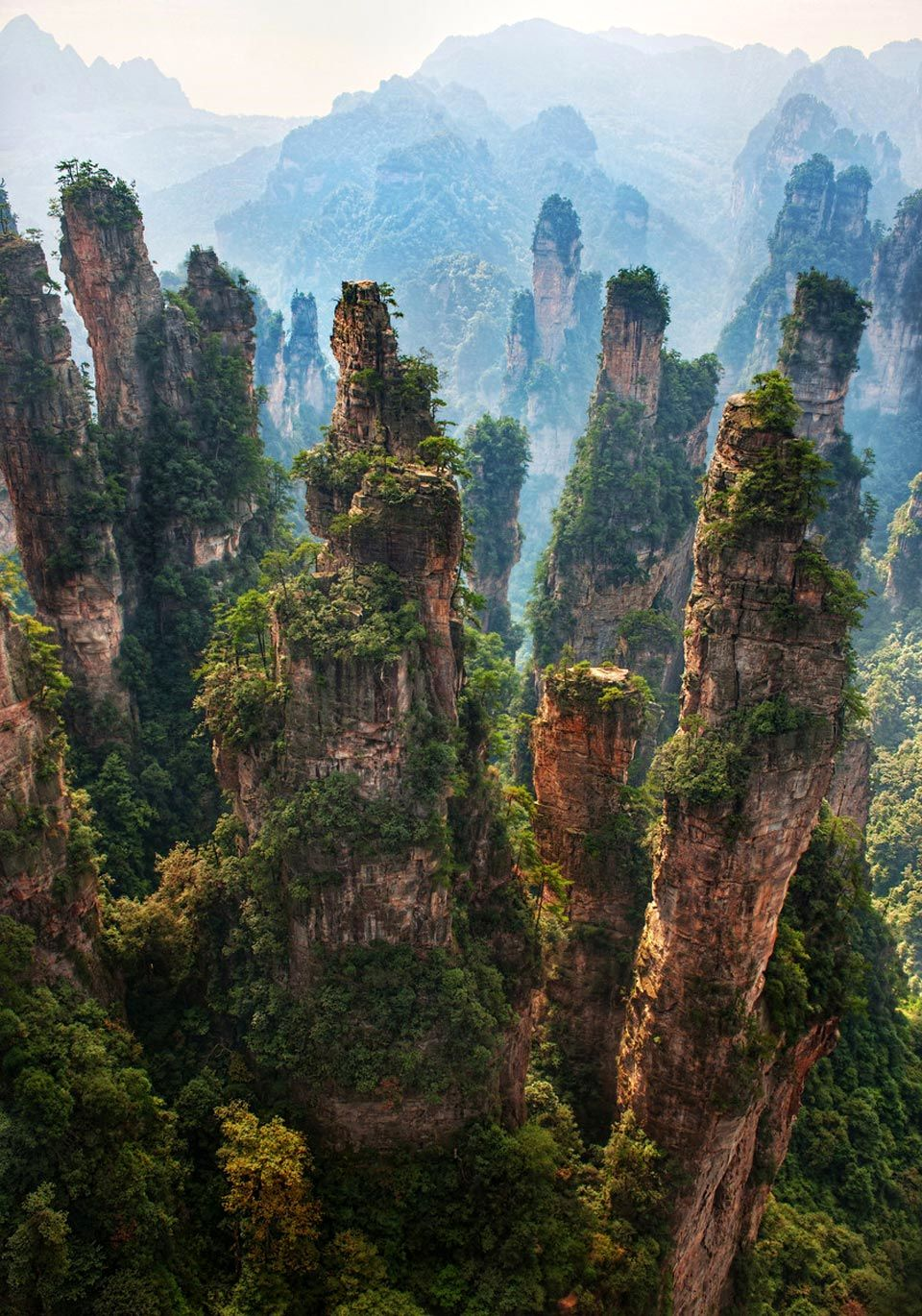 Avatar Hallelujah Mountain - Zhangjiajie National Forest Park