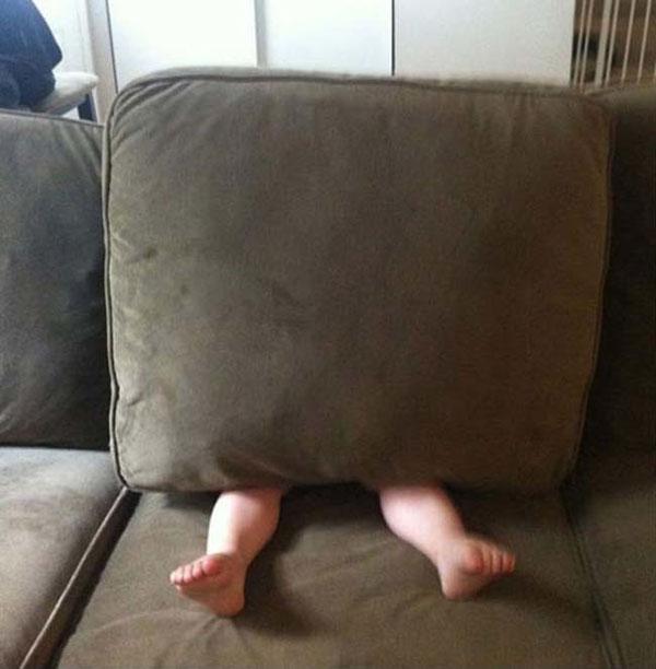 24 Kids Who Really Suck at Hide & Seek