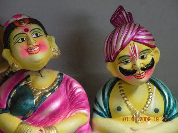Colourful Hand-Crafted Kondapalli Toys - (24 Pictures)