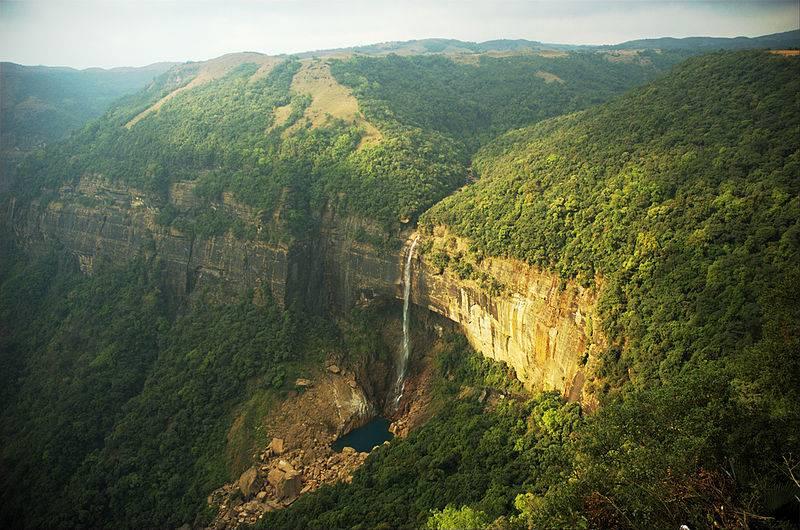 Nohkalikai Falls, Cherrapunji - Highest plunge waterfall in India