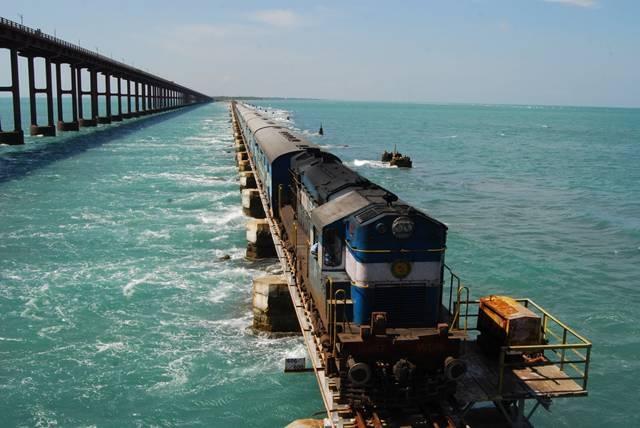 Indian Railways - 7 Breathtakingly Beautiful Train Routes