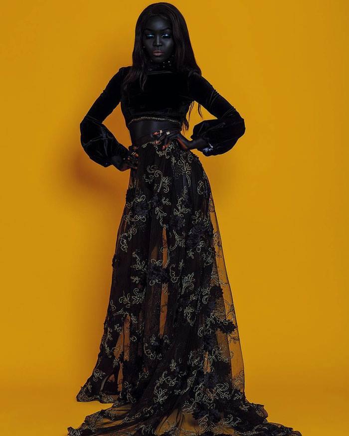 """Meet The """"Queen Of The Dark""""  (16 Pics)"""