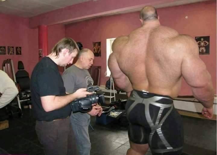 bodybuilder prima e dopo steroidi