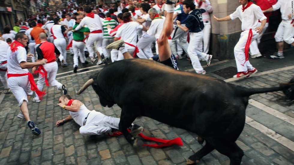 Running of the Bulls - (10 Pics)