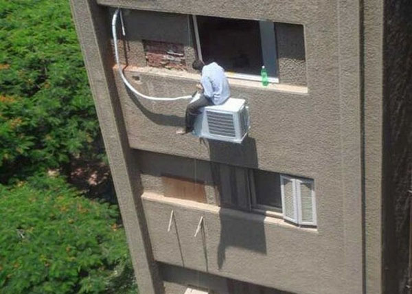 Some People Refuse to Live Life By Your Safety Standards (16 Photos)