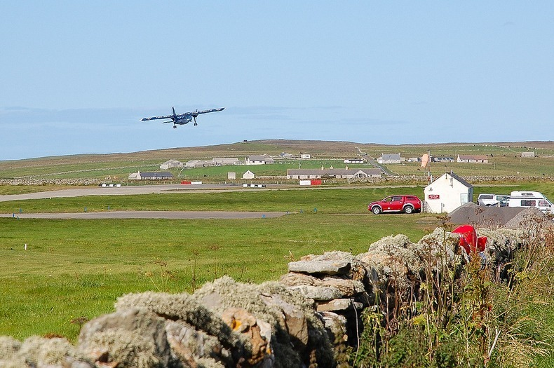 World's Shortest Commercial Flight is Just 47 Seconds Long - Westray to Papa Westray
