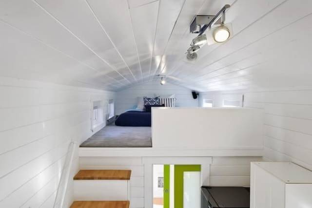 A Perfect House If You Like Both Comfort And Traveling (8 pics)