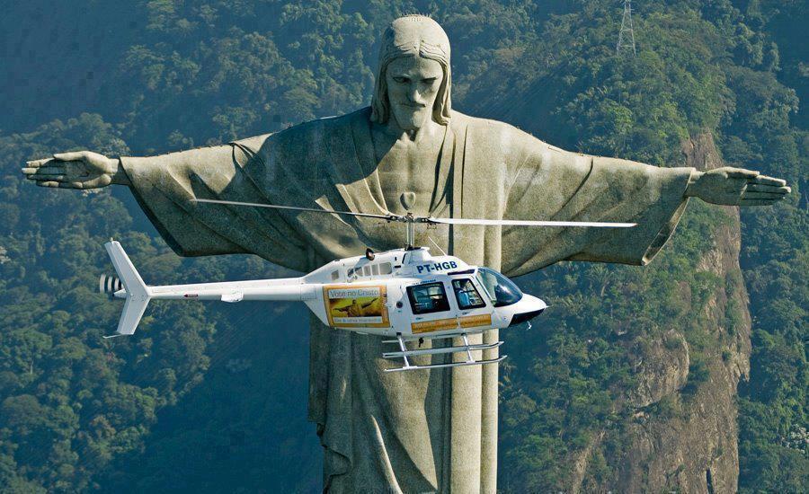 Christ the Redeemer - Jesus Christ statue in Rio De Janeiro