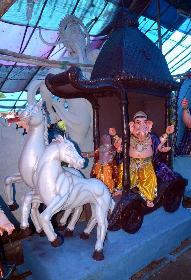 Ganesh idols - 35 Pics
