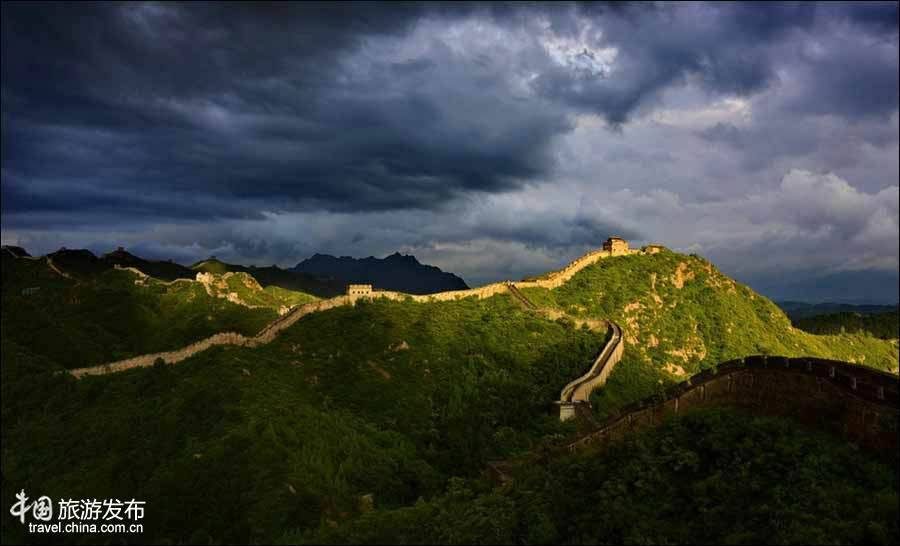 Great Wall Of China - Stunning Pictures Of sunrise and sunset