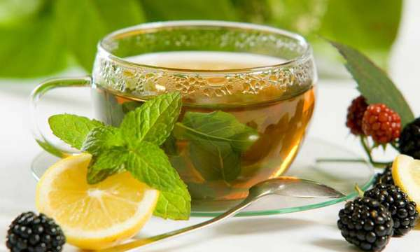 6 Reasons Why You Should Include Green Tea In Your Diet