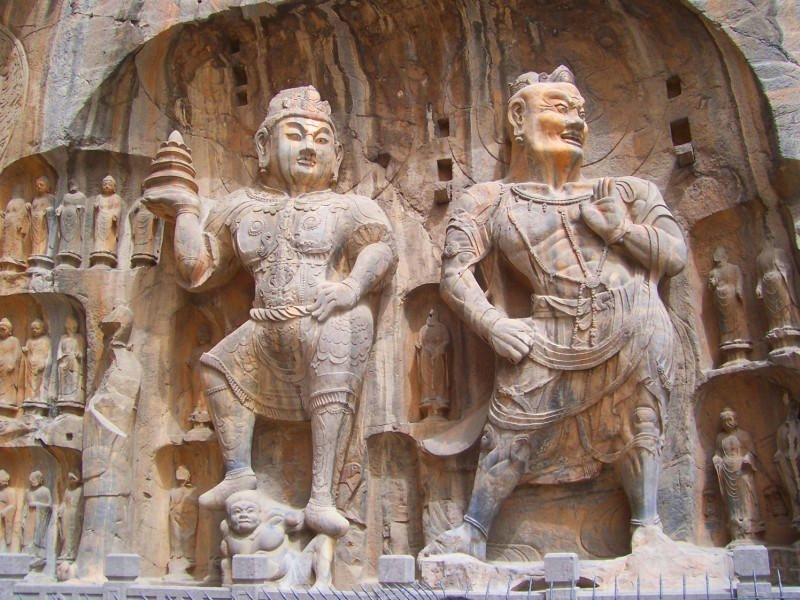 Longmen  Grottoes - The Magnificent Ancient Buddist Caves in China