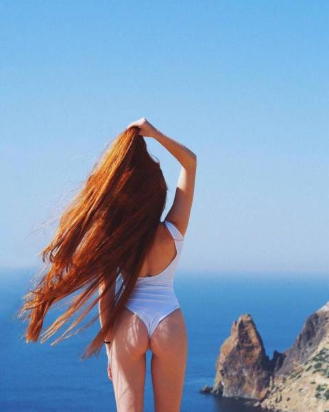 Meet Anastasia Sidorova, Real Life Russian Rapunzel! (30 pics)