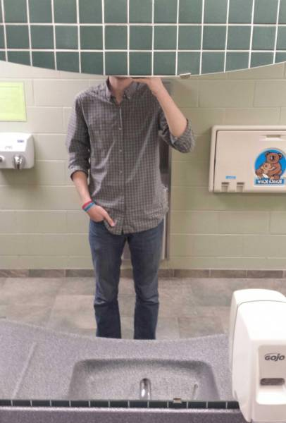 Painful Reality Of Tall People (14 pics)