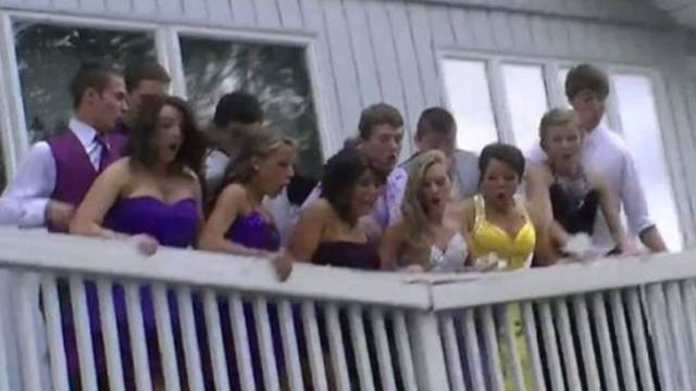 25 Funny and Interesting Prom Pics
