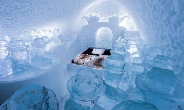 Winter Never Ends With Sweden's ICEHOTEL - (14 pics)