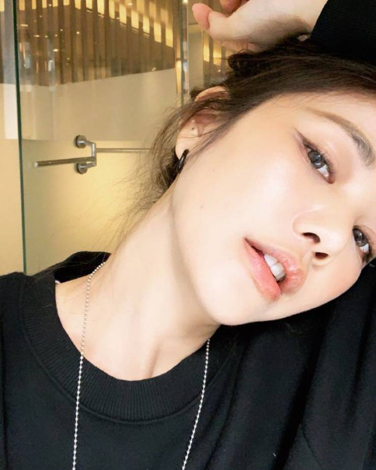 This Taiwanese Beauty Has Become An Internet Sensation (18 pics)