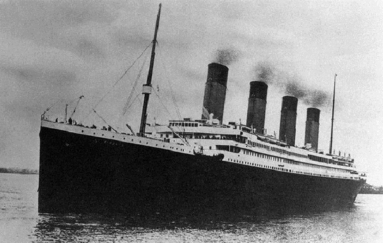 Titanic - Interesting Facts and Photos of the Titanic Ship