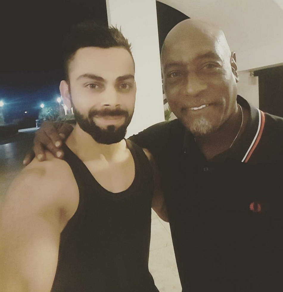 West Indies cricket legend viv richards with Indian cricketers